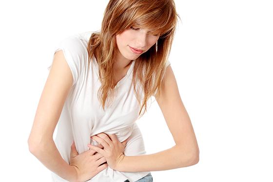 Отрыжка воздухом и ком в горле: причины и лечение в домашних условиях